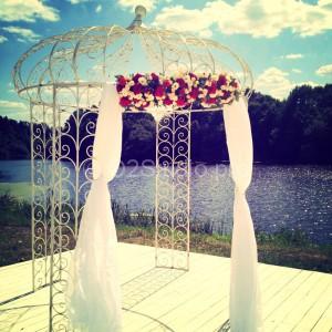 Шатер в Валуево   Свадебная флористика