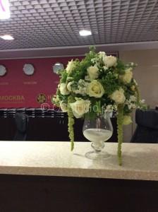 Композиция на ресепшн Состав: роза, амарантус, матиола Стоимость: 5600р