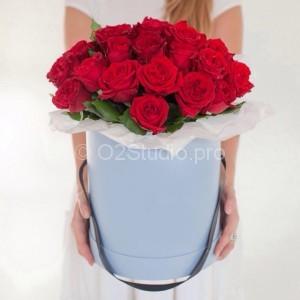 Розы 35шт в коробке = 2500р
